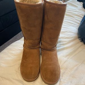 authentic UGGS size 8 tan tall womens